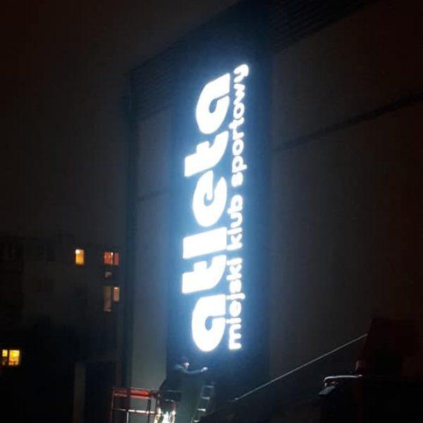 logo podświetlone